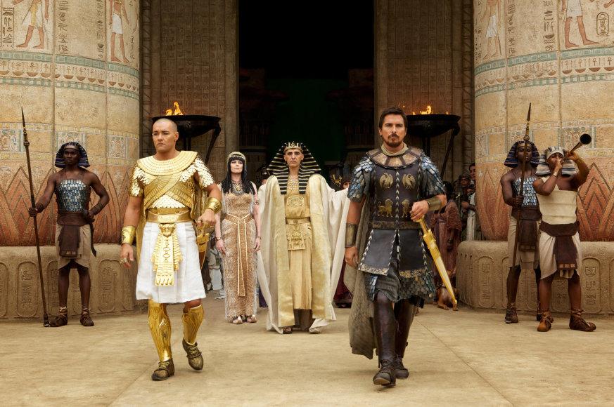 """Kadras iš filmo """"Išėjimas: dievai ir karaliai"""""""