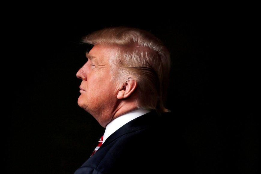 3. Donaldas Trumpas