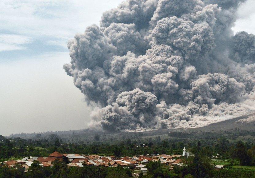 Sinabungo ugnikalnio išsiveržimas