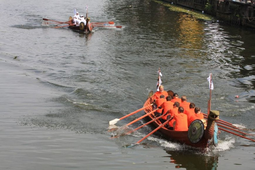 Varžybos Danės upėje