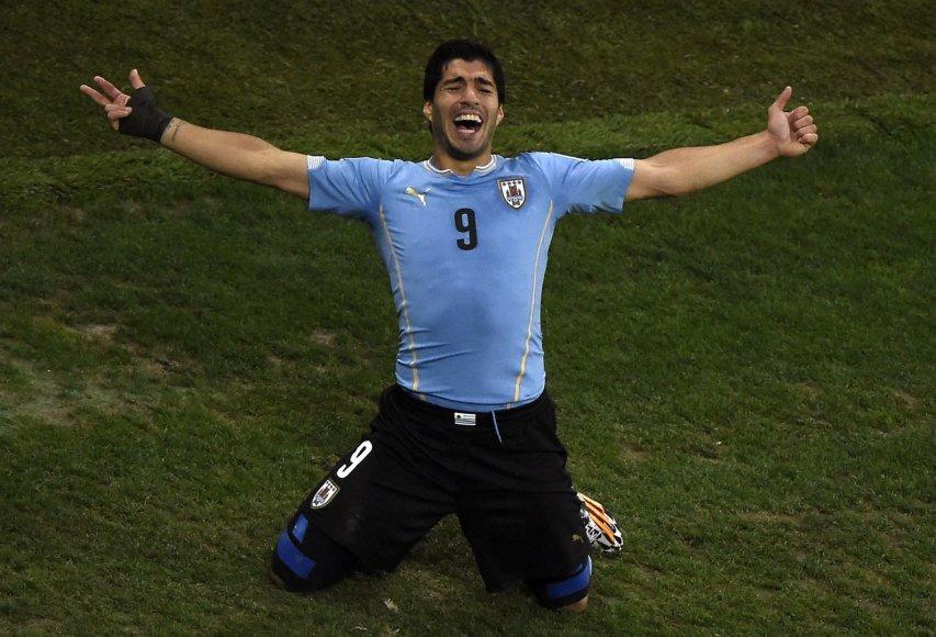 Luisas Suarezas džiaugiasi įvarčiu