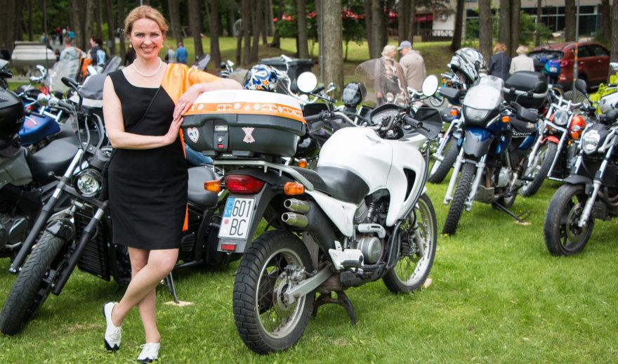 """""""Motociklininkės Lietuva"""" bendruomenės narių susibūrimas Birštone"""
