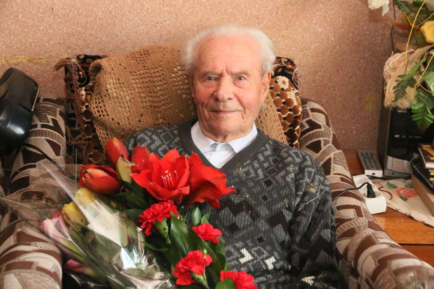 Vilijampolėje gyvenantis Antanas Simonavičius, švenčiantis 100 metų jubiliejų