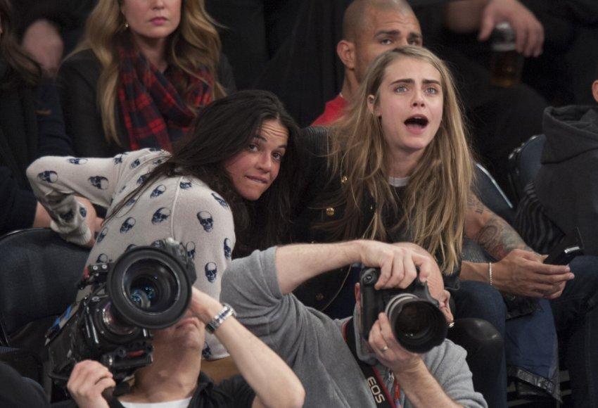 Michelle Rodriguez ir Cara Delevingne