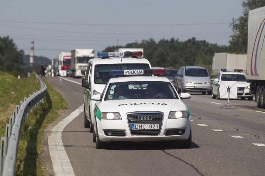 Transporto patikros prie sostinės