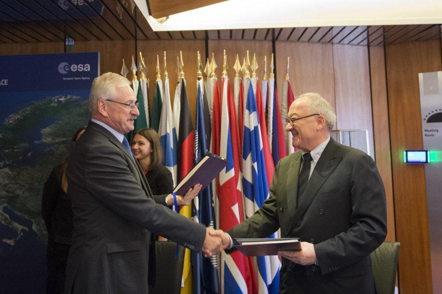Sutarties su EKA pasirašymas
