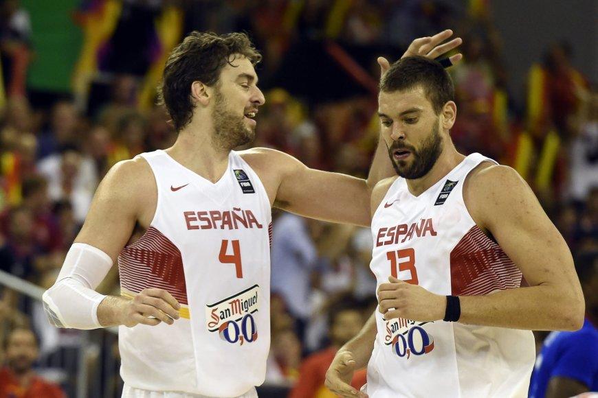 Ispanijos krepšinio rinktinės ramsčiai: Pau ir Marcas Gasoliai