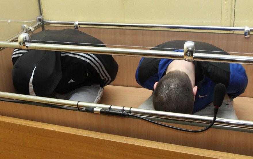 Vytautas Nemanis ir Olegas Zotikovas žmogų apiplėšė ir padegė