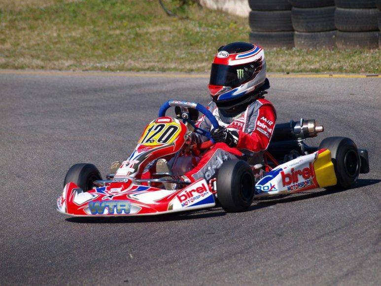 """""""P1 Racing by WTR"""" komandos pasiruošimas kartingo sezonui Italijoje"""