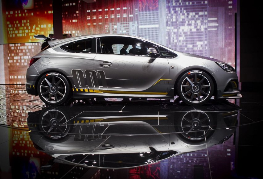 """""""Opel Astra OPC Extreme"""""""