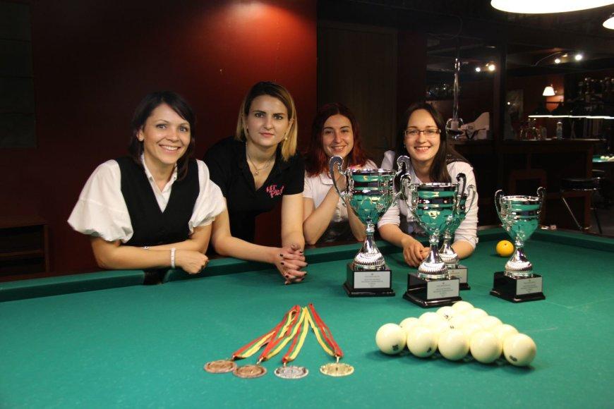 Čempionato prizininkės. Iš kairės: Tatjana Vaitkienė (III vieta), Alina Olševskaja (I vieta), Svetlana Šestakova (III vieta), Lidija Kolesnikova (II vieta).