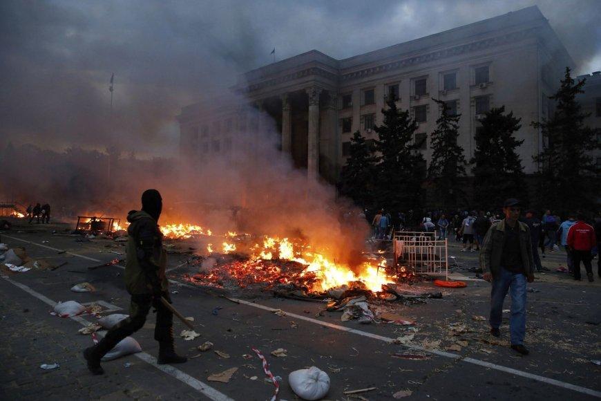 Gaisras Odesos Profsąjungų rūmuose