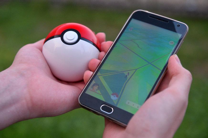 """""""Pokemon Go"""" žaidimas telefone"""