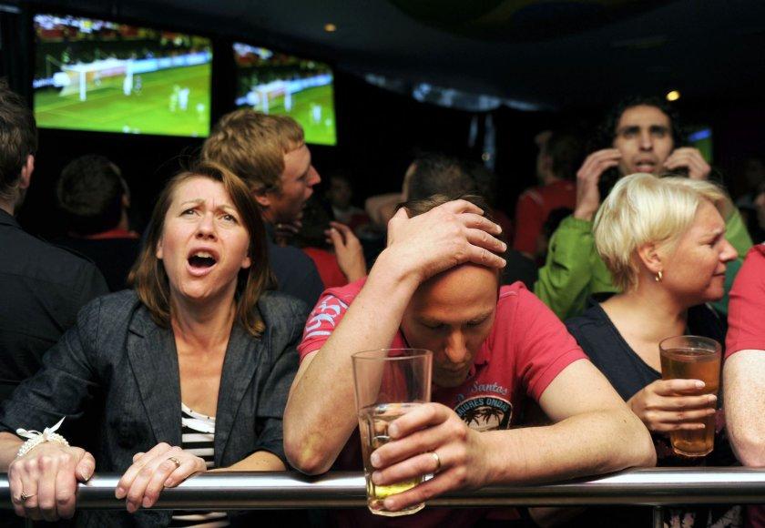 Futbolo sirgaliai bare
