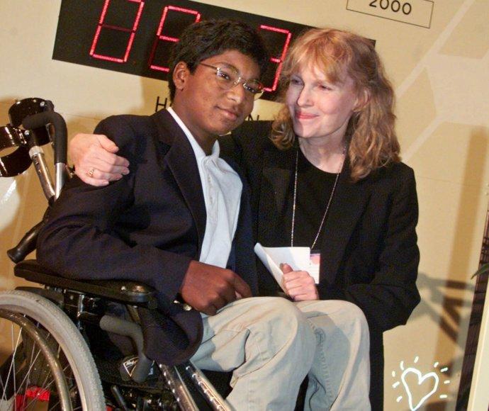 Mia Farrow su įsūniu Thaddeus