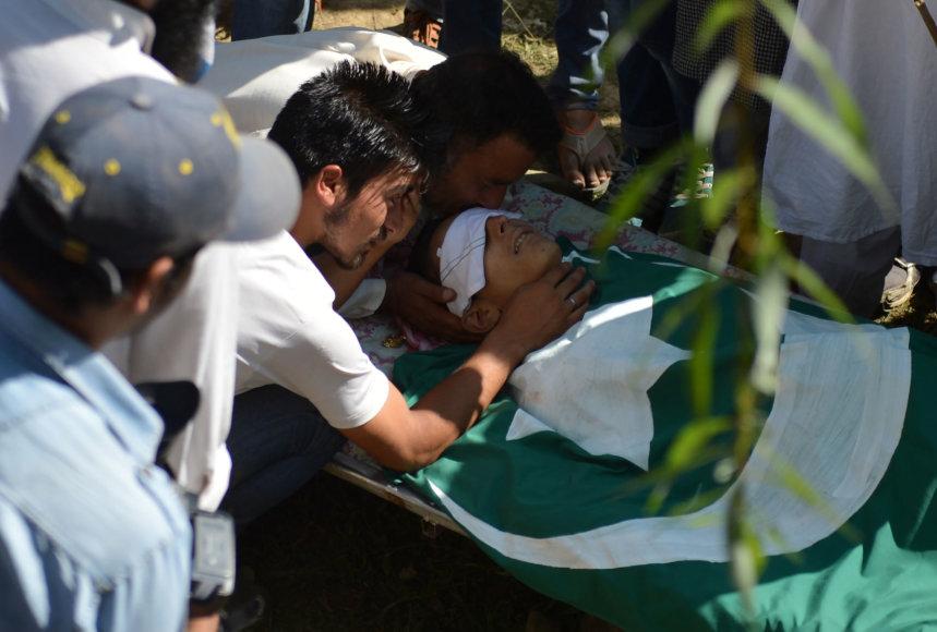 """AFP/""""Scanpix"""" nuotr./Išpuolis Kašmyre"""