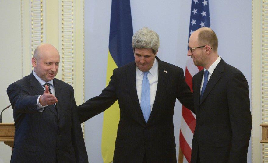 J.Kerry vizitas Kijeve