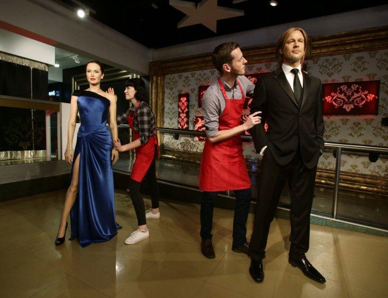 """Po Brado Pitto ir Angelinos Jolie skyrybų """"Madame Tussauds"""" muziejus išskyrė ir jų vaškines figūras"""