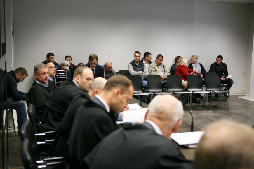 Kauno apygardos teisme