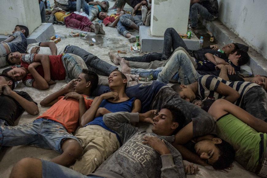 Suimti egiptiečiai miega policijos nuovadoje