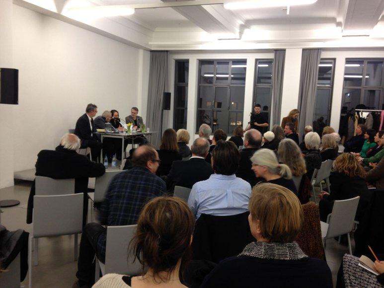 """Linos Ever nuotr./Tomas Venclova  Berlyne pristatė atsiminimų knygą """"Die Magnetische Norden"""""""