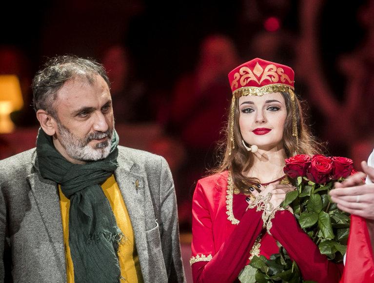 Gabrielė Martirosianaitė su dėde iš Armėnijos