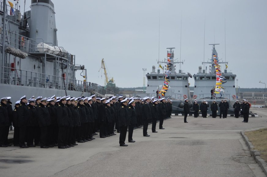 Karinių  jūrų pajėgų karių rikiuotė