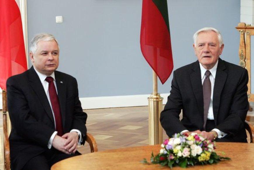 Lenkijos Respublikos Prezidentas Lechas Kačynskis (Lech Kaczyński) ir Lietuvos Respublikos Prezidentas Valdas Adamkus