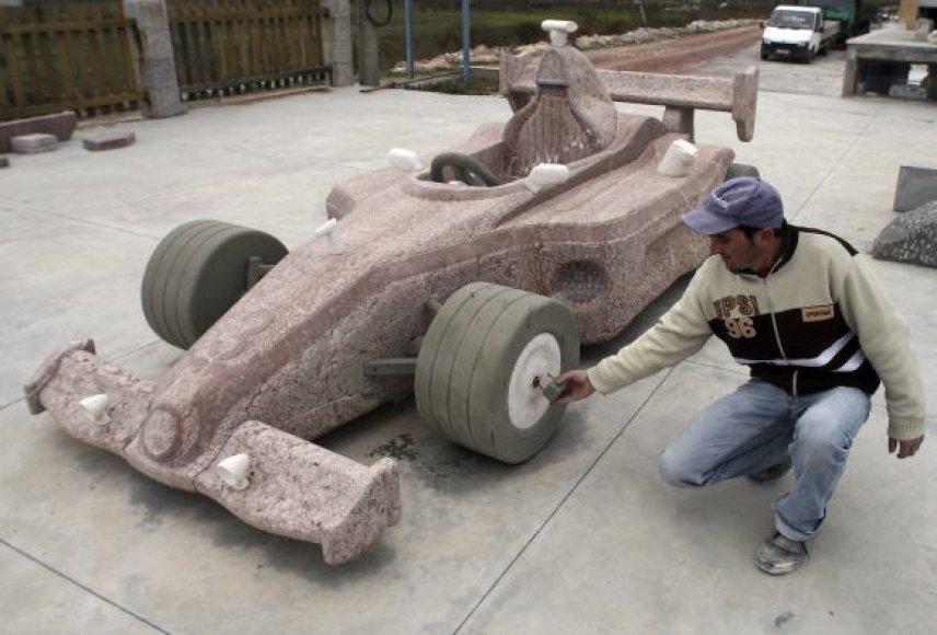 Akmeninis F1 McLaren-Mercedes