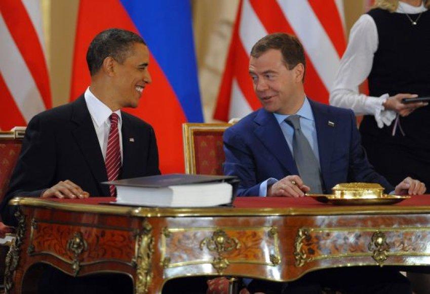 Prezidentai B.Obama ir D.Medvedevas pasirašė istorinę sutartį