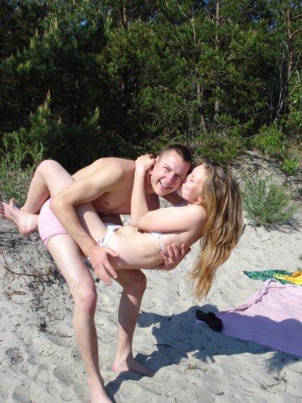 Inga ir Audrius, bikini porelė