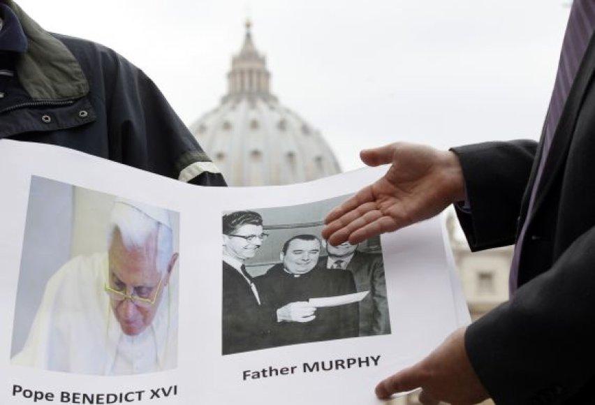 Kunigas Lawrence'as Murphy sukrėtė katalikų pasaulį