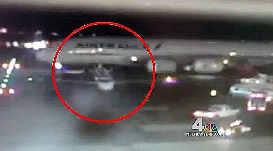 Niujorko Kenedžio oro uoste susidūrė du lėktuvai