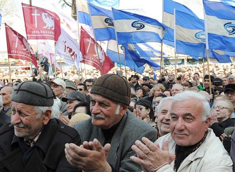Gruzijos sostinėje kasdien vyksta tūkstantiniai mitingai.