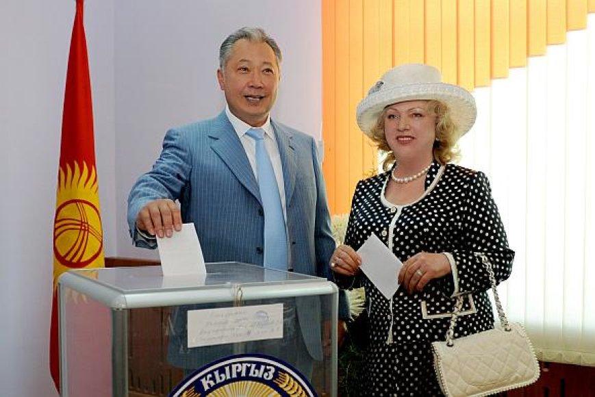 Kurmanbekas Bakijevas su žmona Tatjana