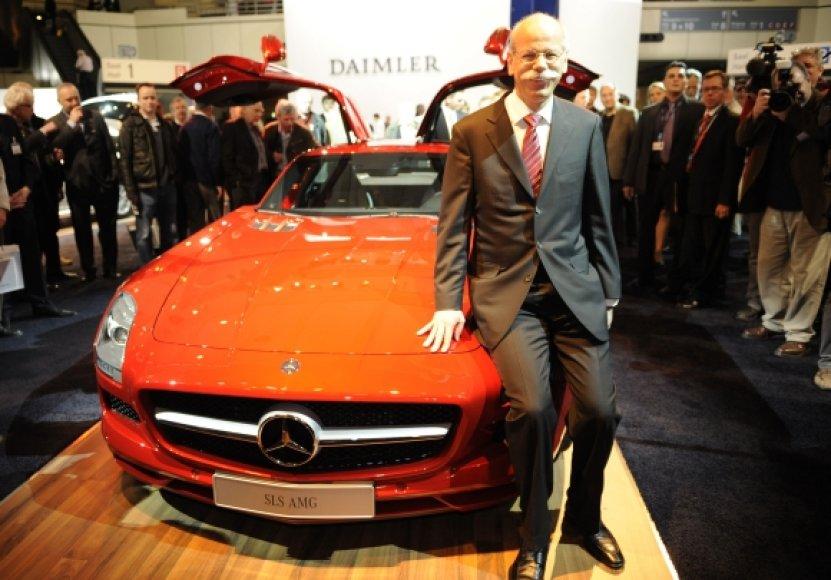 "Dieteris Zetsche ""Mercedes Benz SLS AMG Coupe"" fone"
