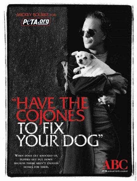 Mickey Rourke'as su savo augintiniu PETA reklamoje