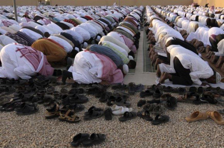 Besimeldžiantys Saudo Arabijos gyventojai