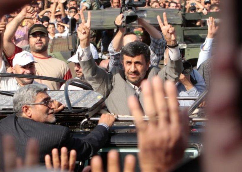 Mahmoudas Ahmadinejadas Libane