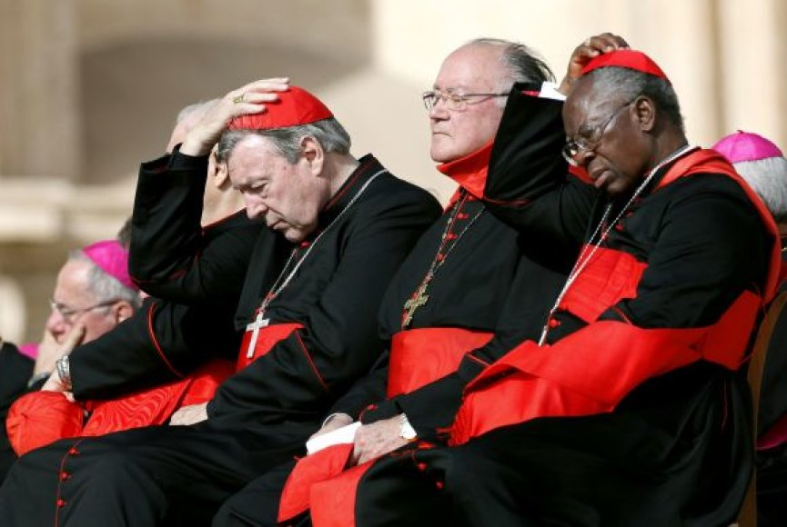 Kardinolai per susitikimą su popiežiumi Benediktu XVI