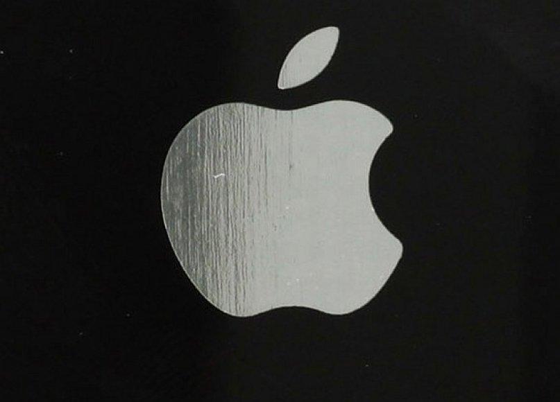 """""""Apple"""" logotipas ant """"iPhone"""" nugarėlės"""