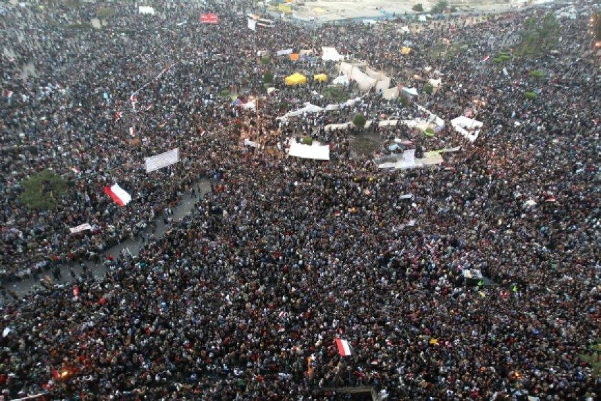 Protestuotojai Tahriro aikštėje