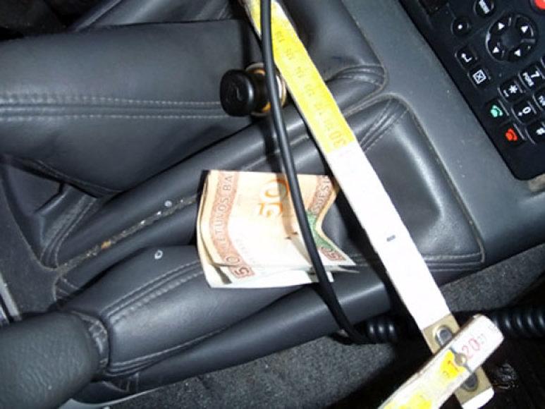 Trakuose sulaikyto vairuotojo pinigai