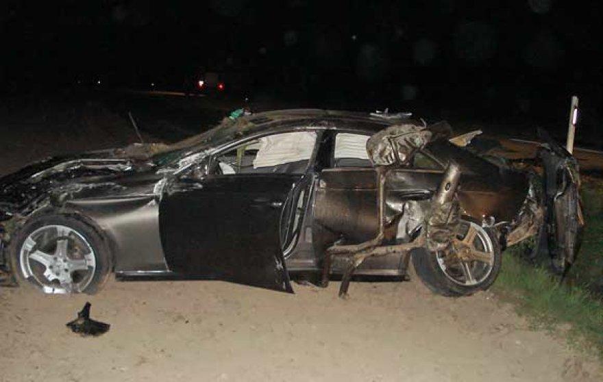 "Automobilis ""Mercedes Benz"" po avarijos"