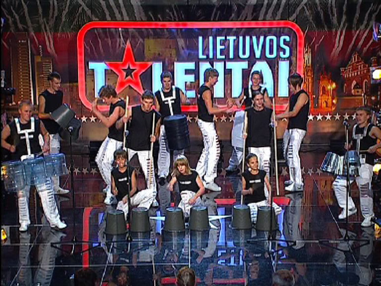 "TV3 projekte ""Lietuvos talentai"" sklis kibirų ir lazdų muzika."