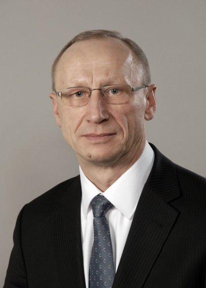 LŽŪU rektoriumi tapo Antanas Maziliauskas.