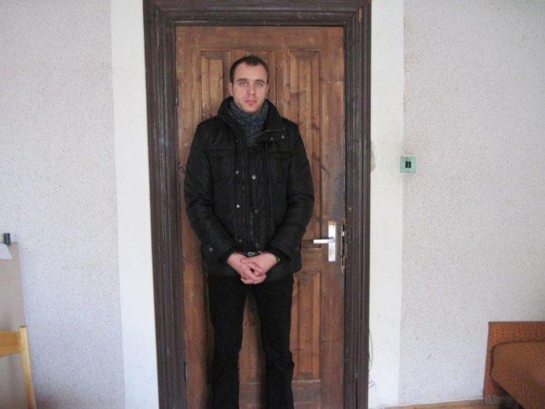 Policija sulaikė baltarusio skriaudiką.