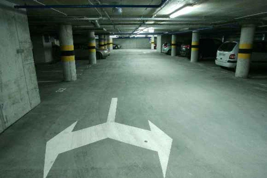 Požeminė automobilių aikštelė