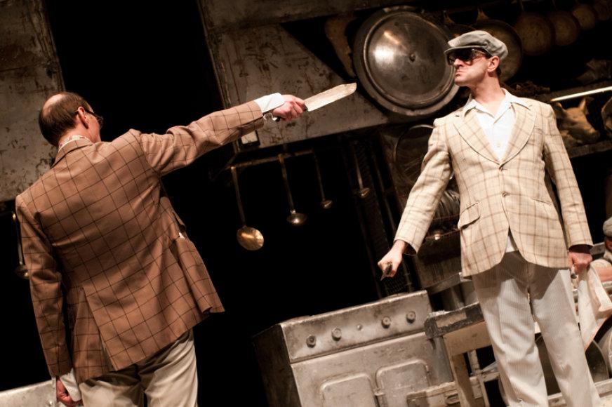 Oskaro Koršunovo teatras sezoną baigia tragiška meilės istorija.