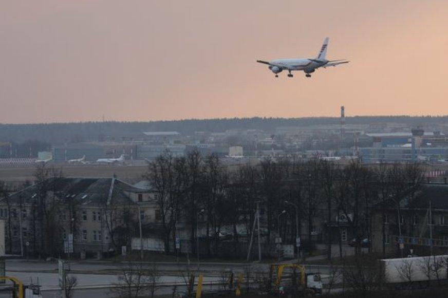 Besileidžiantis lėktuvas